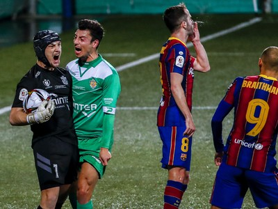 Ramon JR po chytenej penalte Barcelony