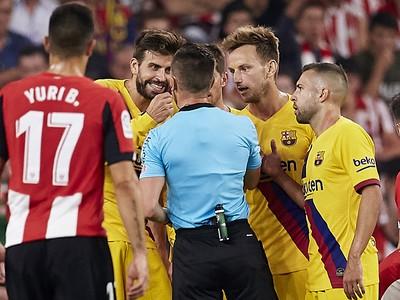 Gerard Piqué sa sťažuje
