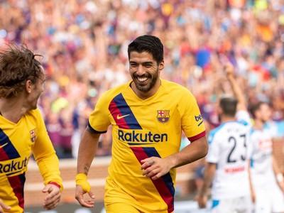 Luis Suárez oslavuje gól