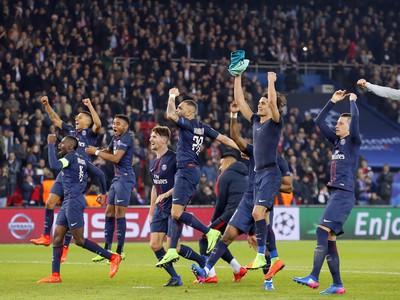 Radosť hráčov PSG po vysokom triumfe nad Barcelonou