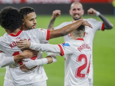 Radosť hráčov španielského tímu