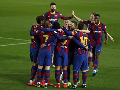 Radosť hráčov Barcelony po postupe do finále Copa del Rey