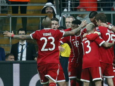 Radosť hráčov Bayernu po