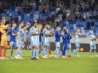 Hráči Slovana ďakujú za priazeň svojím fanúšikom po zápase s FC Kodaň