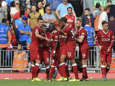Hráči Liverpoolu sa radujú