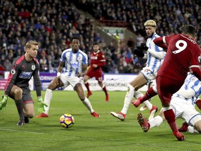 Roberto Firmino dáva gól