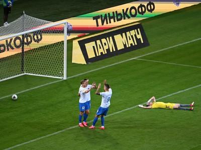 Hráči Soči oslavujú gól