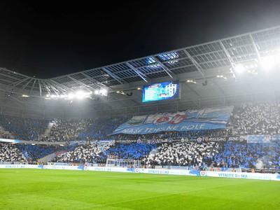Atmosféra počas derby na