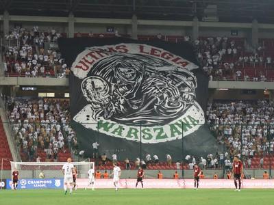 Fanúšikovia Legie počas odvetného zápasu 2. predkola futbalovej Ligy majstrov medzi FC Spartak Trnava a Legia Varšava
