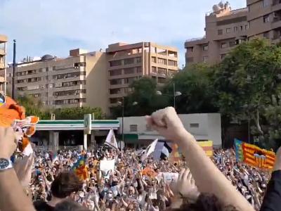 Fanúšikovia Valencie protestujú proti