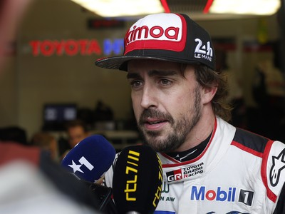 Fernando Alonso pomohol Toyote k historickému prvenstvu