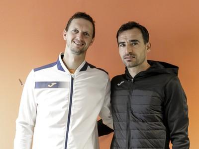 Na snímke slovenský tenista Filip Polášek (vľavo) a jeho deblový partner Ivan Dodig z Chorvátska