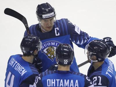 Fínski hokejisti strelec gólu