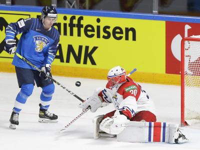 Fínsky hokejista Jere Innala