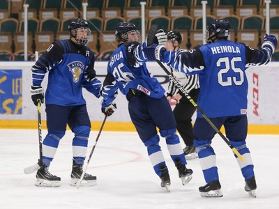 Gólové oslavy fínskych hráčov