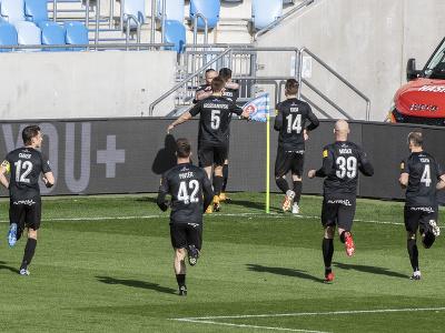 Radosť hráčov Zlatých Moraviec po strelení gólu