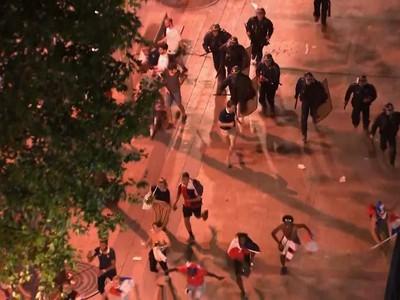 Francúzska polícia zasahuje proti