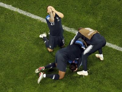 Radosť francúzskych futbalistov po