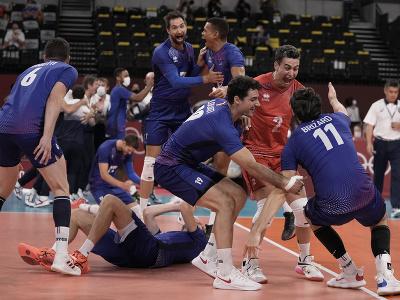 Francúzski volejbalisti sa radujú