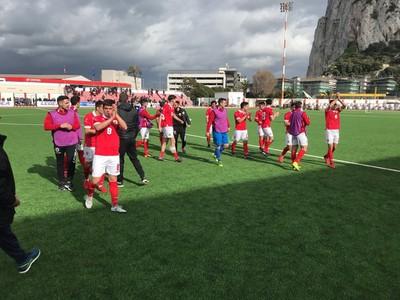Víťazné oslavy futbalistov Gibraltáru