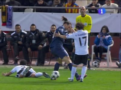 Tvrdý zákrok Zlatana Ibrahimoviča