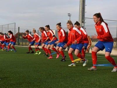 Slovenské futbalistky počas tréningu