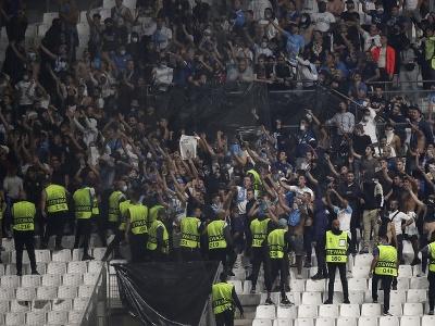 Na snímke fanúšikovia Marseille