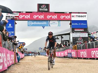 Egan Bernal vyhral deviatu etapu Gira