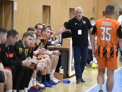Martin Lipták na lavičke