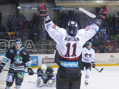 Josh Brittain (Banská Bystrica) oslavuje gól