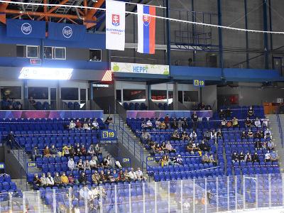 Diváci na štadióne v 2. kole hokejovej Tipos extraligy HC Košice - HC Slovan Bratislava v Košiciach