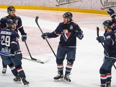 Na snímke zľava Martin Štajnoch (Slovan), Michael Brodzinski (Slovan), Brendan Ranford (Slovan) a Peter Šišovský (Slovan)