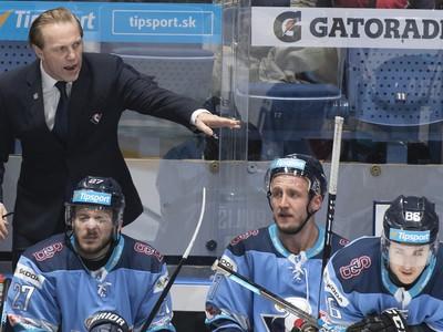 Tréner HC Slovan Bratislava Roman Stantien