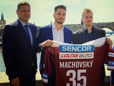 Matěj Machovský s dresom