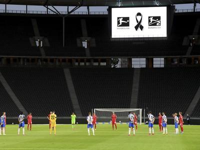 Minúta ticha pred začiatkom berlínskeho derby