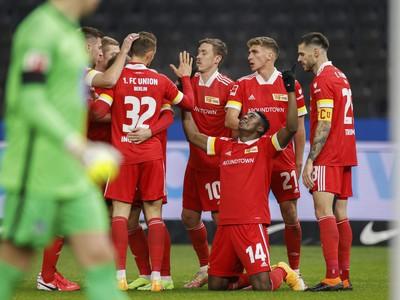 Hráči Unionu sa radujú z gólu