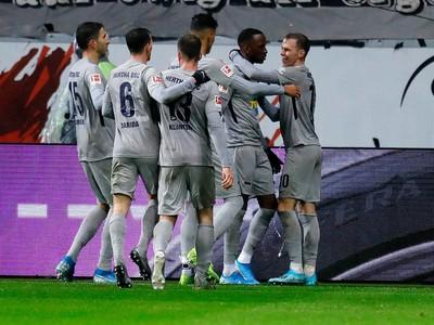 Hráči Herthy sa radujú po góle