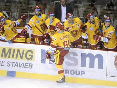 Milan Bartovič (v popredí)