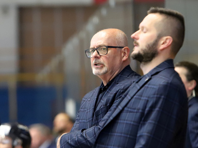 Tréner HK Poprad Peter Mikula