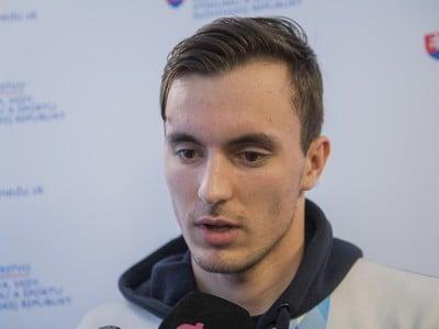 Brankár striebornej hokejovej reprezentácie Matej Tomek