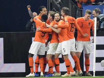 Holanďania sa radujú po góle