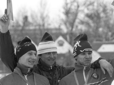 Igor Železovskij (v strede)