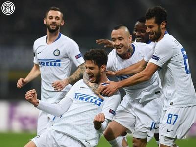 Hráči Interu sa radujú z gólu