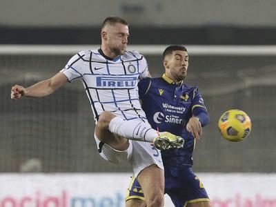 Milan Škriniar v zápase proti Hellas Verona