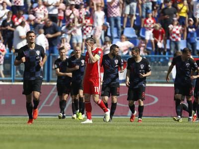 Frustrovaný Gareth Bale a oslavujúci Ivan Perišič so spoluhráčmi