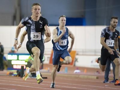 Ján Volko počas behu na 60 m na 20. ročníku Atletického mítingu Elán