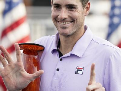 Americký tenista John Isner