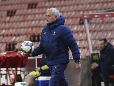 Tréner Tottenhamu Hotspur José Mourinho