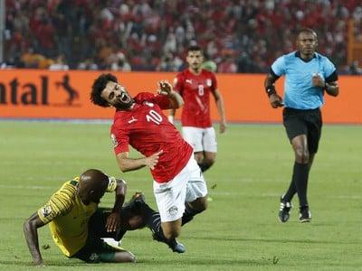 Sandile Hlanti a Mohamed Salah