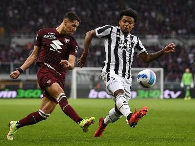 Momentka zo zápasu FC Turín - Juventus Turín